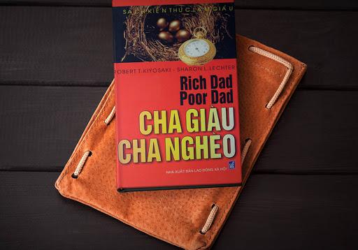 Review Cha giàu Cha nghèo: Bài học về sử dụng đồng tiền - Sách kinh doanh