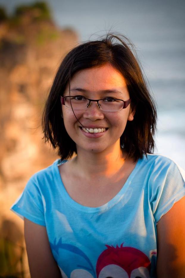 Rosie Nguyễn (Author of Tuổi Trẻ Đáng Giá Bao Nhiêu)